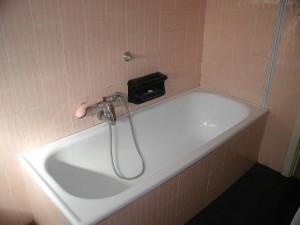 bathroom-restroom-bath-tub-pink