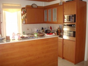 rdeco_kitchen-refurbish3-550x412