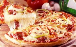 pos-na-ftiaksete-tin-teleia-pitsa (1)